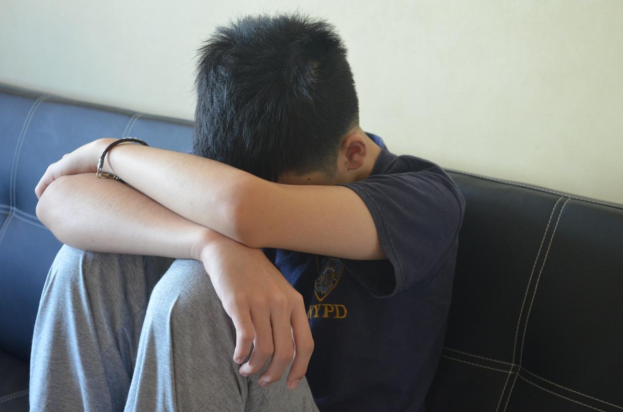 teenager-422197_1280